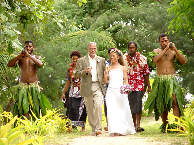 Fiji Wedding Packages at Coconut Grove, Taveuni (1)
