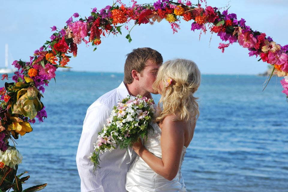 Fiji Beach Weddings and Vow Renewals